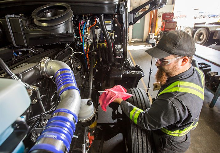 Avoid Downtime With These Essential Truck Maintenance Tips